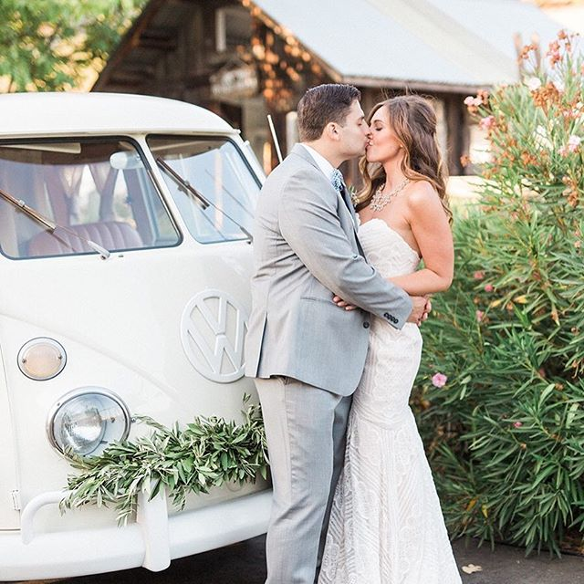 YASSSS!! Ginger was featured on Style Me Pretty today! We loved this gorgeous night under the wine country stars at one of our favorite venues, Healdsburg Country Garden with the lovely Haley and Michael. 😍😍😍 http://www.stylemepretty.com/2017/07/25/romantic-vineyard-garden-wedding/ @karamillerphoto @stylemepretty#theboothbus #winecountrylove #vwphotobooth
