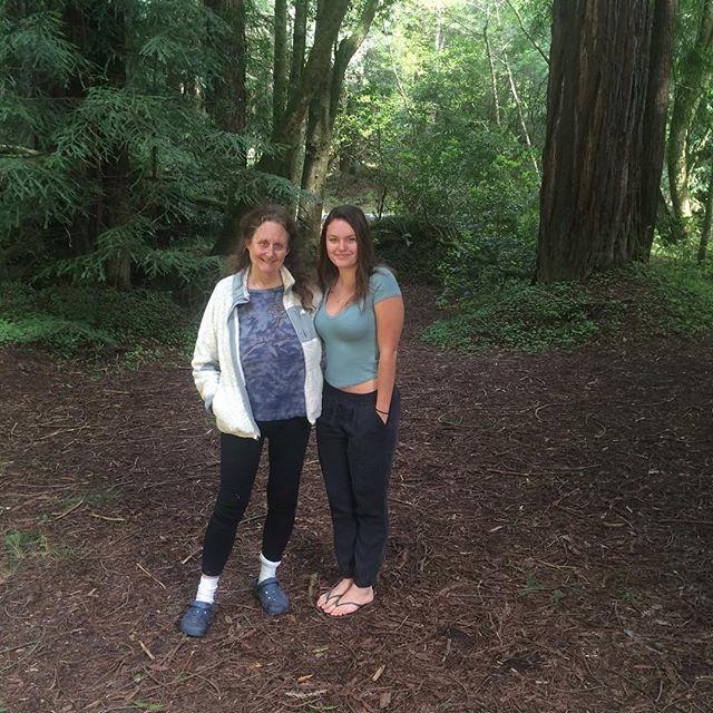Tutu Nancy and Emma bonding in redwood forrest👍🏼