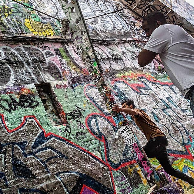 #whatsbehindme #streetart #bostongraffiti #centralsquare