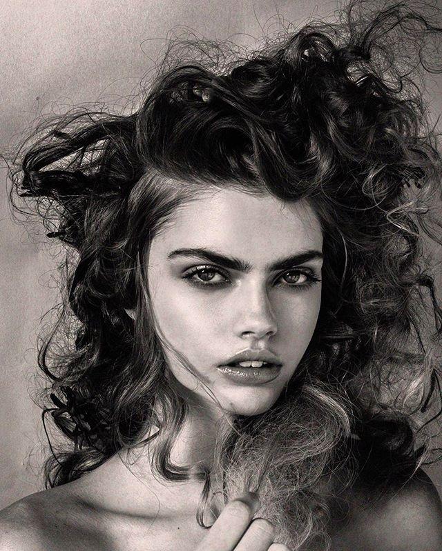🌹@instagwen_ from @nextmodels  for @laudmagazine photo @thomkerr beauty @amberdmakeup hair styled using @sachajuanusa 🌹