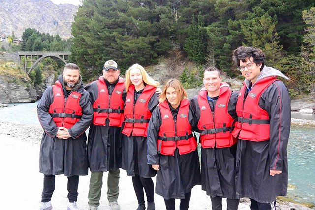 Thank you @thenewclassic for taking us on a NZ boating adventure 🚣 @aleherself @anthonymerante @markbrightman