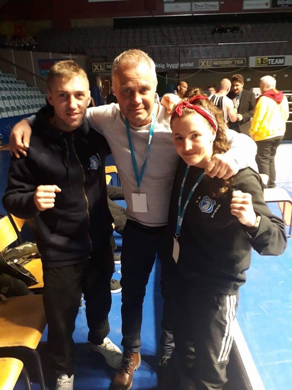 """Här har vi i mitten Ove """"Jätten"""" Lundby har vunnit åtta st SM guld för Bk Örnen och representerat Sverige i två OS och flertalet EM och VM."""