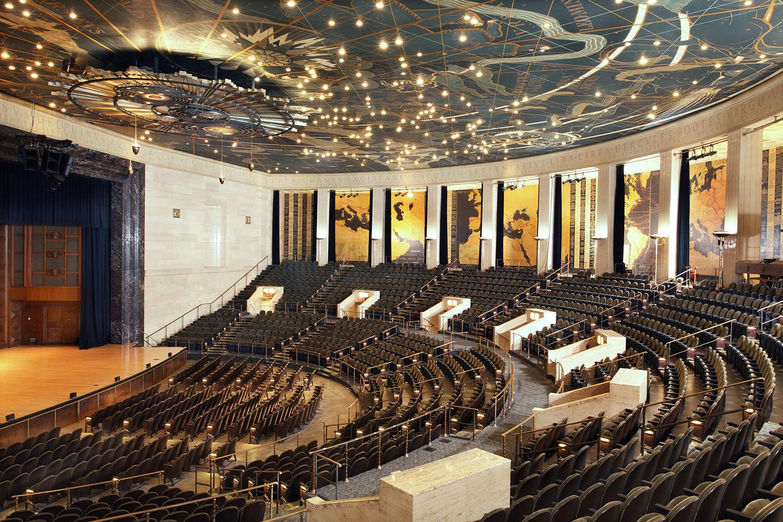 05 M&D Forum Auditorium RGB SCREEN.jpg