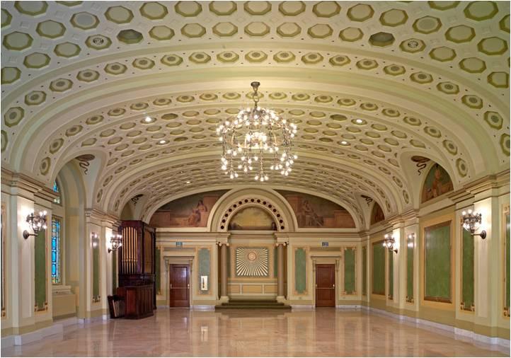 Tremont Grand interior