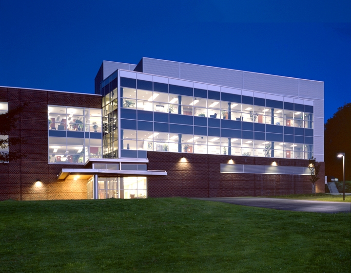 Penn State York - Lee Glatfelter Library and Family Performing Arts Center