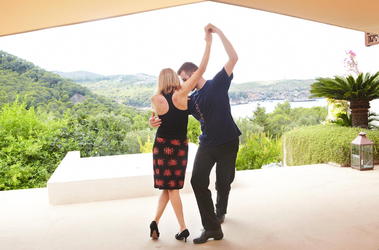 douglas_sarah_dancing.jpg