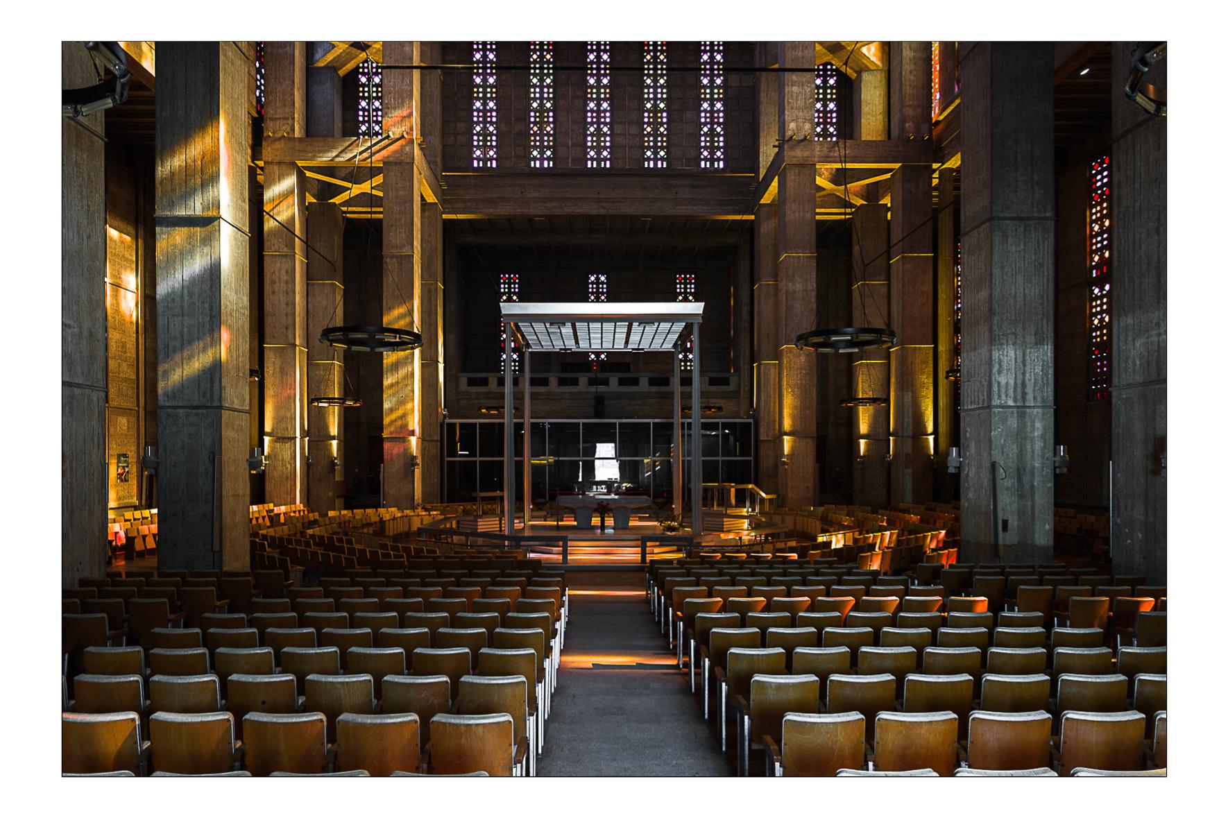 Eglise Saint-Joseph, Le Havre 2011.  Auguste Perret,Raymond Audigier architectes.