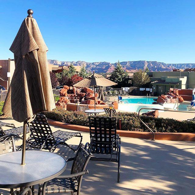 Oh hello sunny day guess where I will be hanging out 😊 #springbreak #sedona #arizona