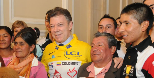 Quintana and his parents meet Colombian president Juan Manuel Santos.