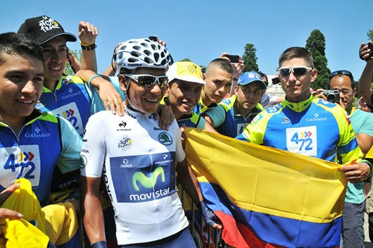 Quintana meets with riders from his old team 4-72, at the start of Stage 20 (Photo: Gilberto Chocce)