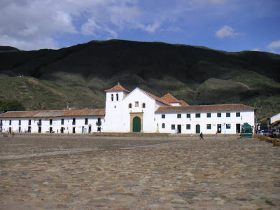 Villa de Leyva is perhaps the most visited small town in Boyaca. I can tell you from personal experience that the cobblestones on the main plaza make the ones in the Forest of Arenberg look and feel like a joke. Even if this picture doesn't make it seem that way...believe me.