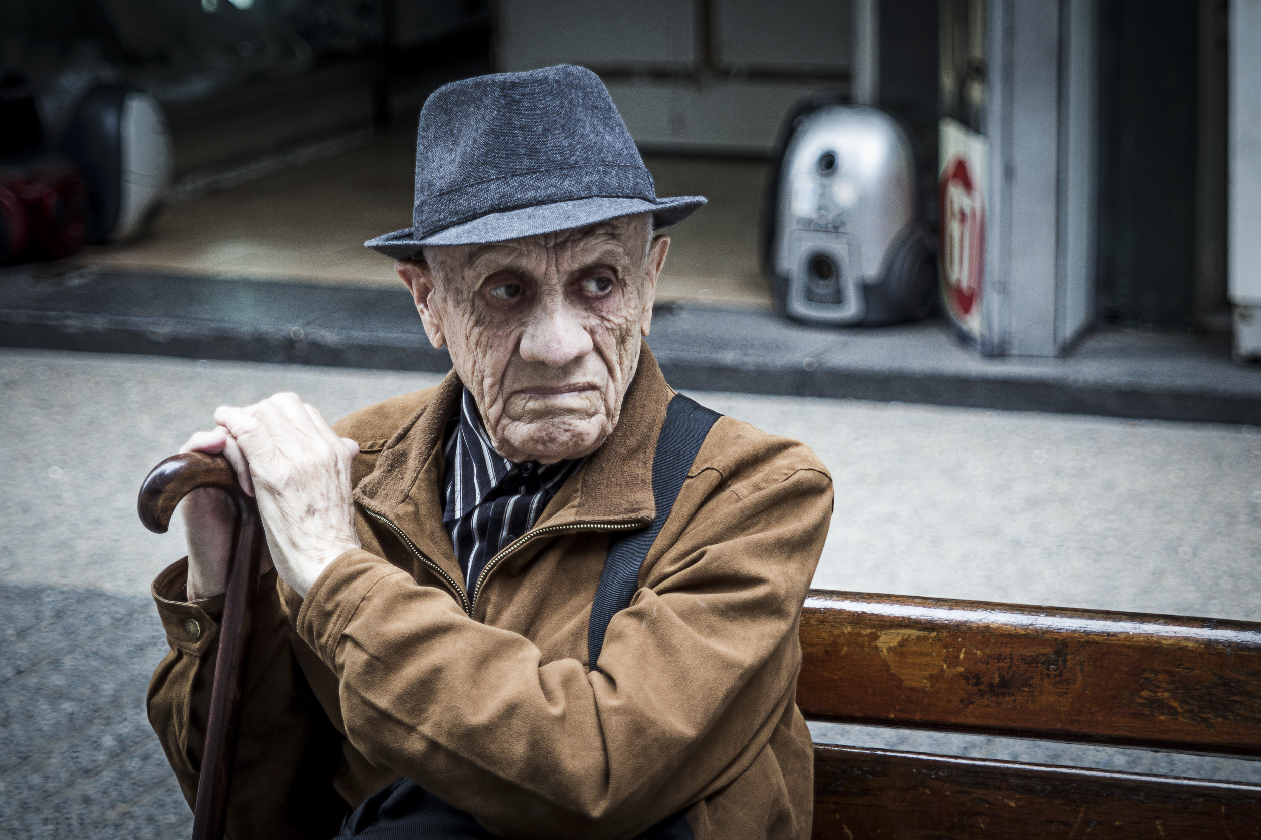 older gentleman on bench (4 of 4).jpg