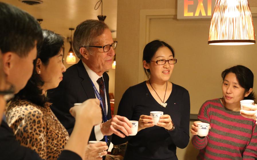 2014年12月,IHL在纽约宴请赴美参加管理培训课程的院长学员。培训为期2周,有超过20位中国医院高管参加,这对于当时的IHL来说是一个不小的成就,我一直十分引以为豪。
