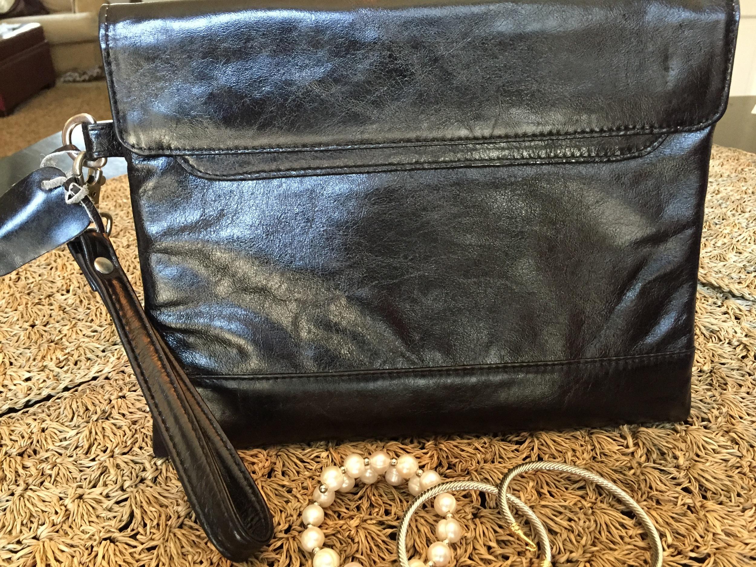 Black envelope clutch.jpg