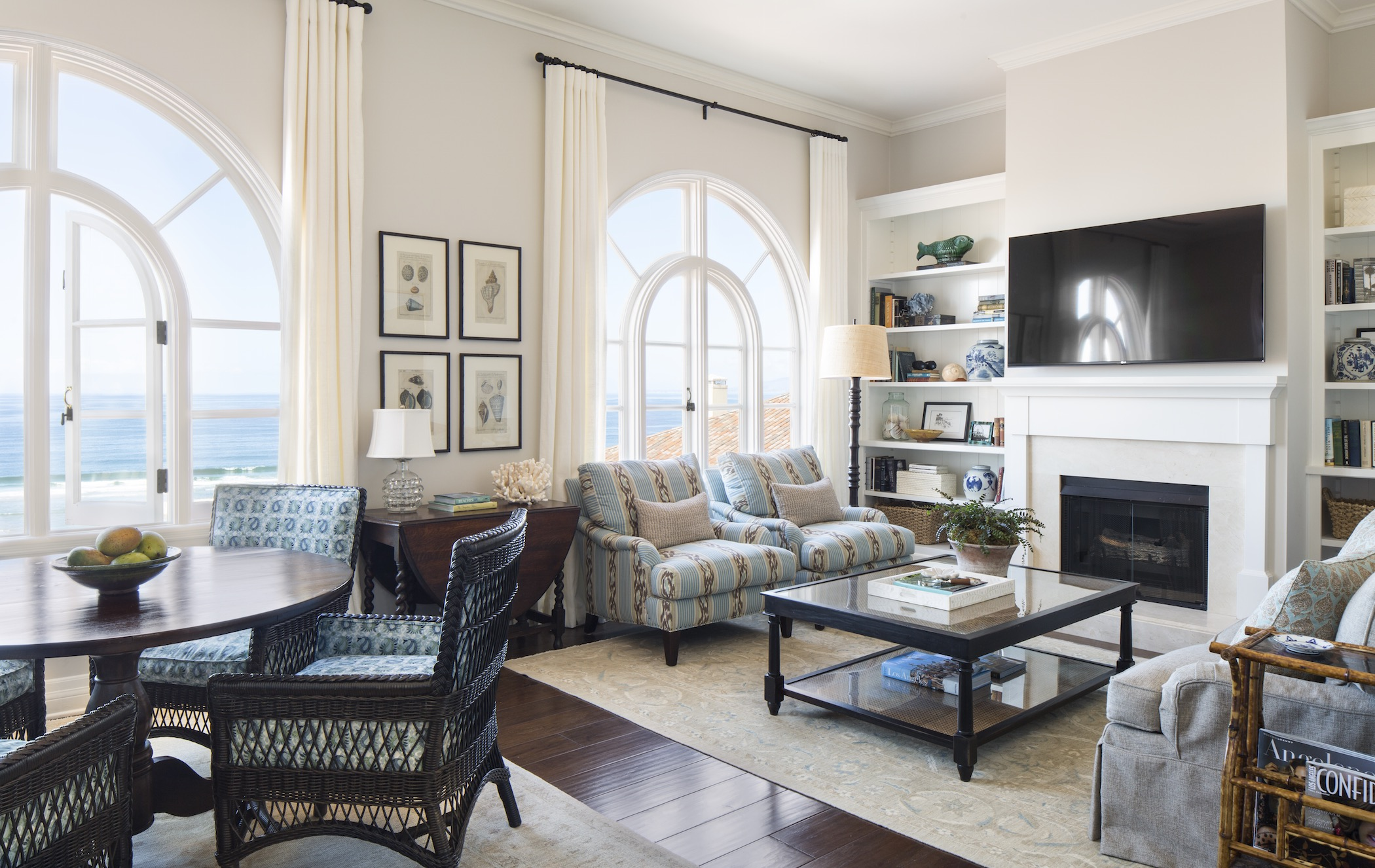penthouse-living-room.jpeg