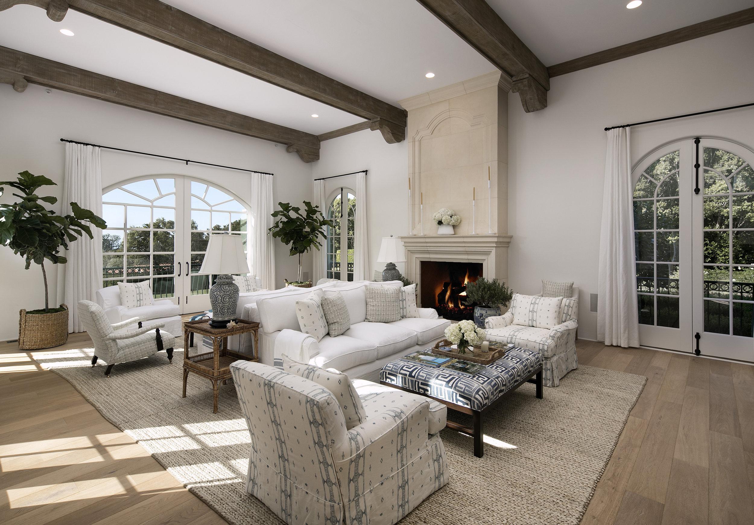 Rooms+Gardens+Interior+Design+Estate+Sofajpeg.jpeg