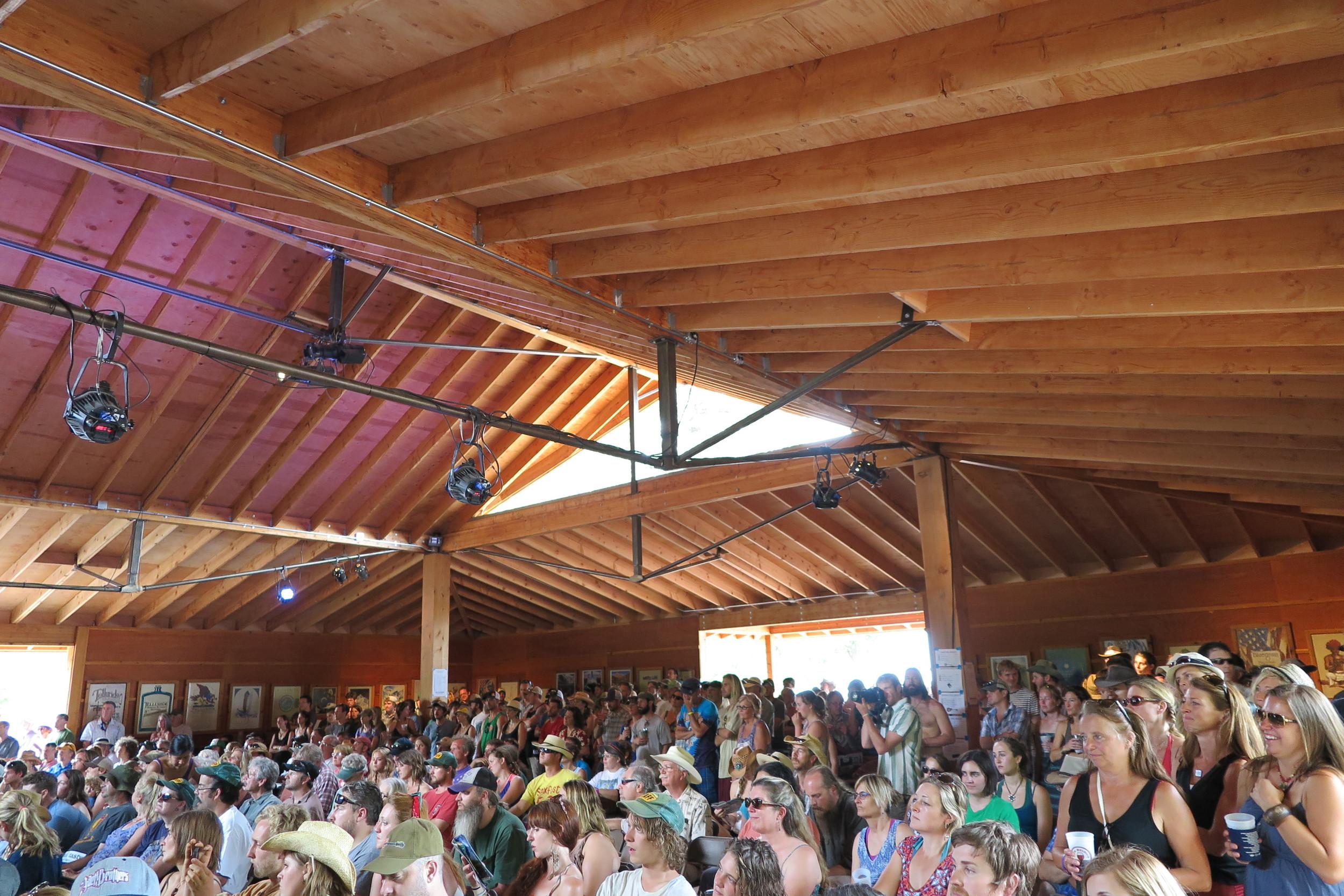 Crowd Mayflower Stage.JPG