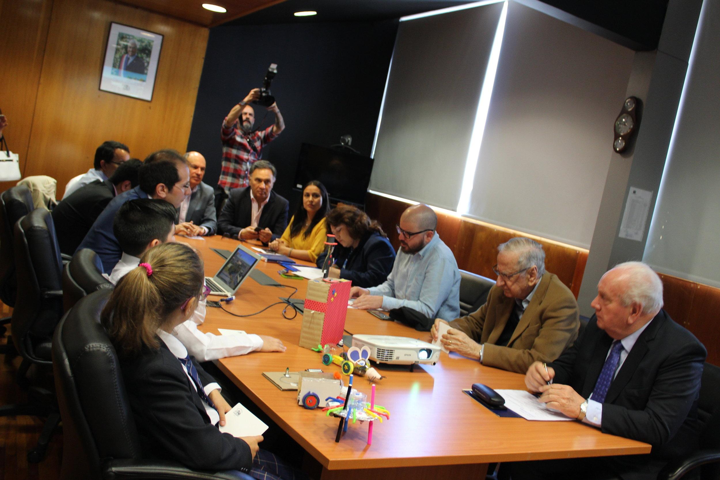 La sesión se llevo a cabo en la Intendencia regional del Biobío