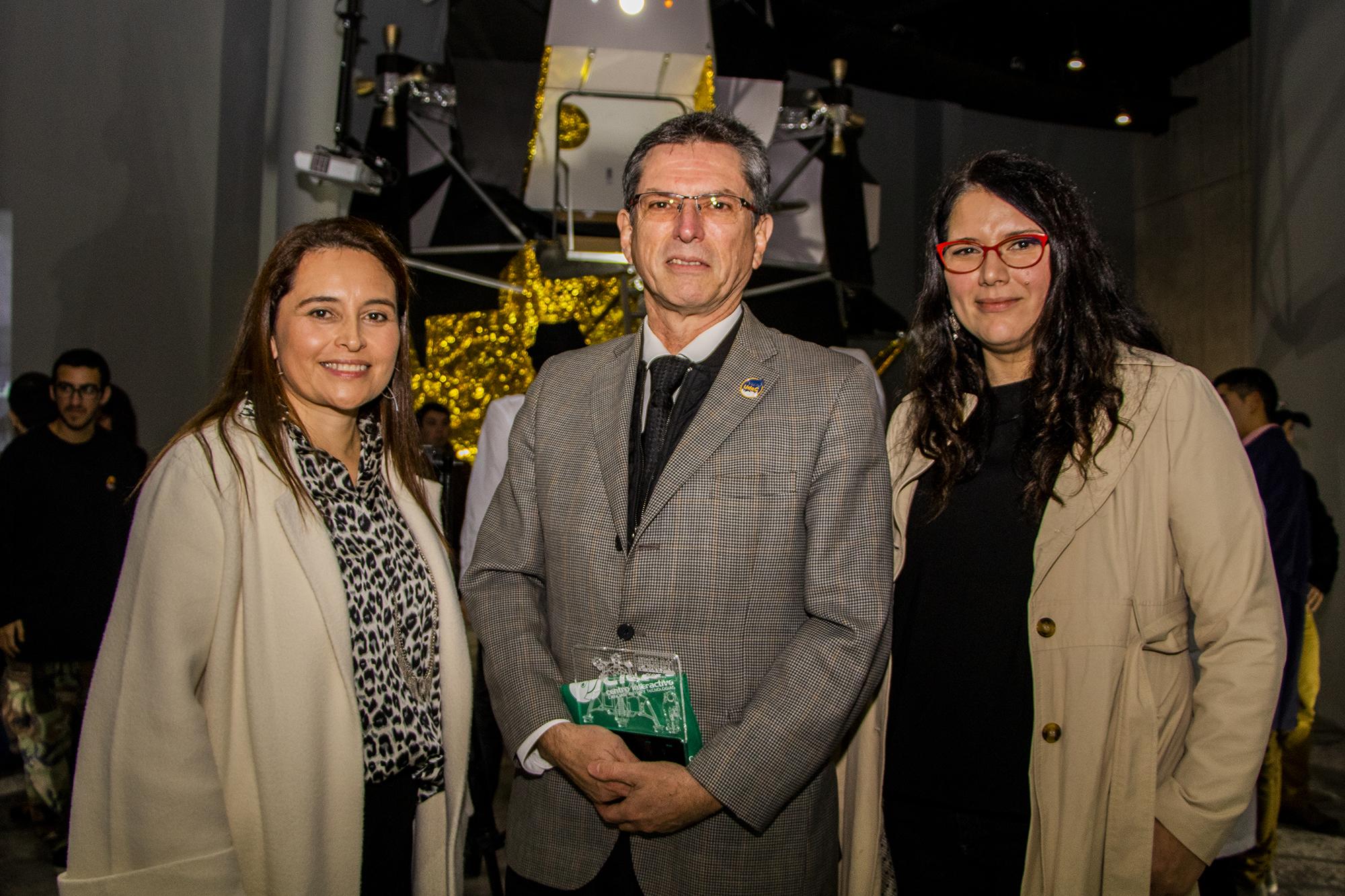 Sociales 05 - Inauguración Apollo CICAT.jpg