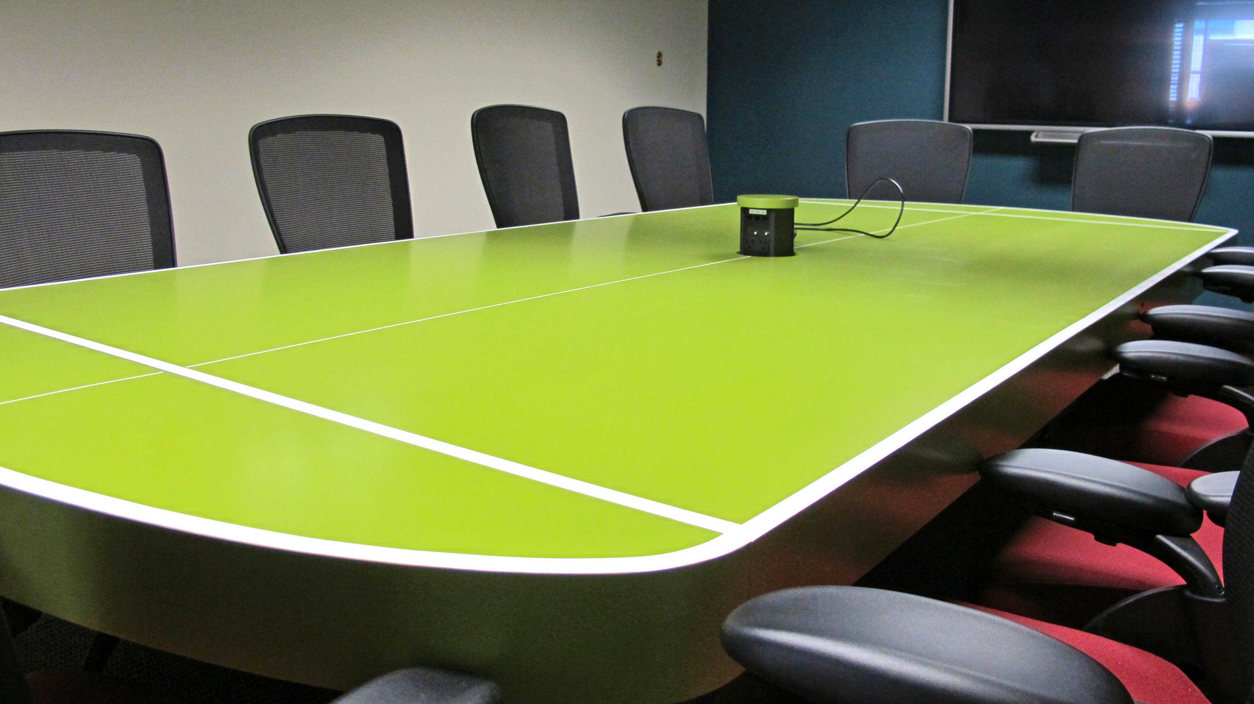 Belisio Convirtable Conference Table