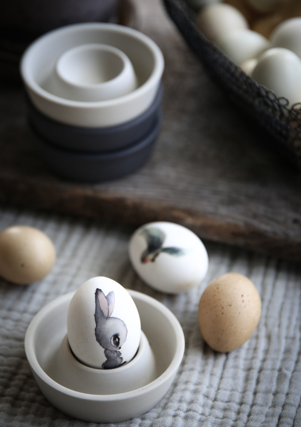 And the eggs… what a beautiful image. Thank you Viktoria.  The  blog includes a lot of  shoot from the kids room, that is how we found her in the first place. And off course her  INSTAGRAM  is one 'everyday visit' for us.