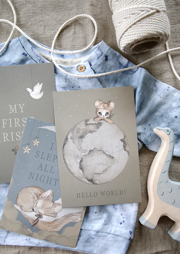 Oh I wish I had this cards when I had my little babies.  I never wrote any baby's diary. I never did that first photo album.  NOTHING.  And even if I had.  I still think it would be so wonderful to have and to treasure these kind of pictures forever.