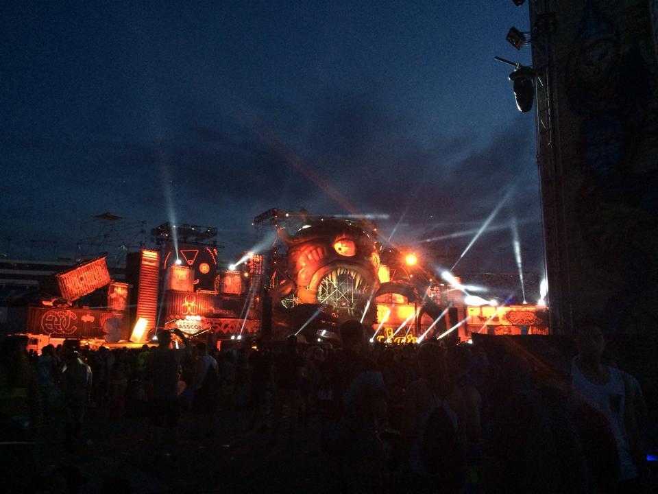 The BassCON (hardstyle) stage from a distance