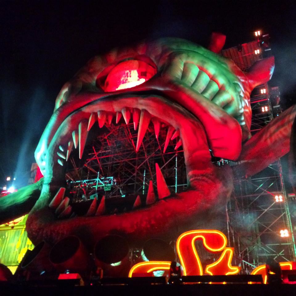 Close up of the bassCON (Hardstyle) stage