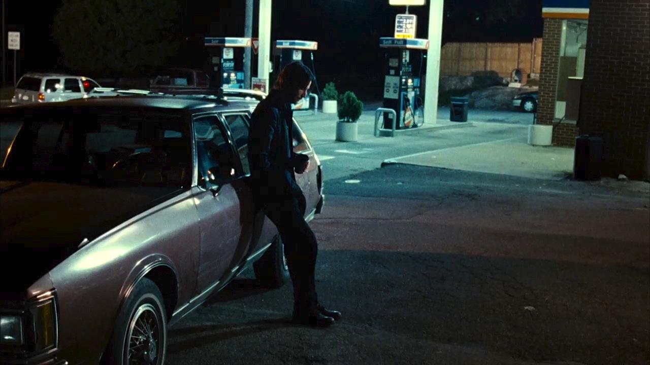 4 gas station 3.jpg