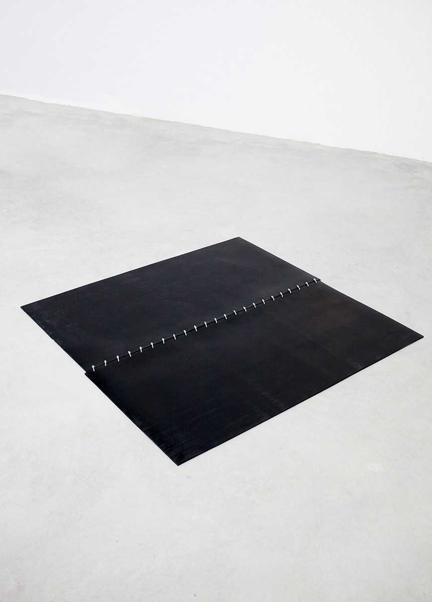 OKIPA RUG, 2017 BLACK RUBBER AND STAINLESS STEEL  PDF  -  INQUIRE  +  MORE