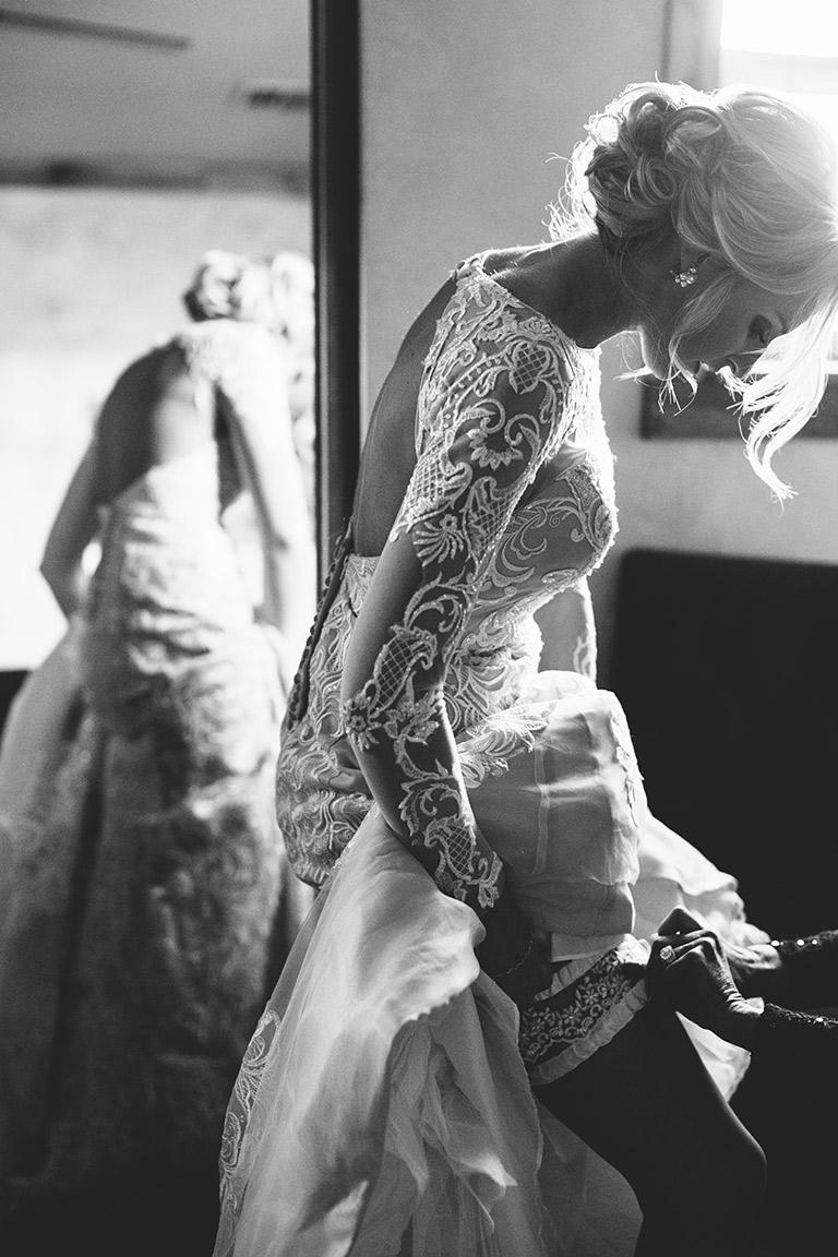 Cotton_Creek_Barn_Winter_Wedding_WeddingPhotographer007.jpg