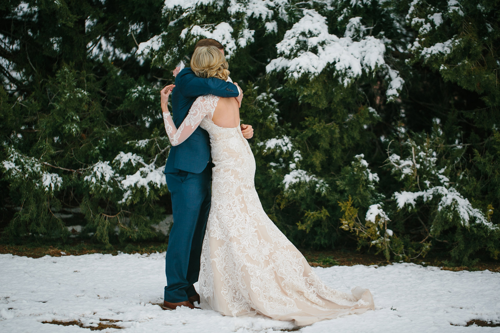 Cotton_Creek_Barn_Winter_Wedding_WeddingPhotographer020.jpg