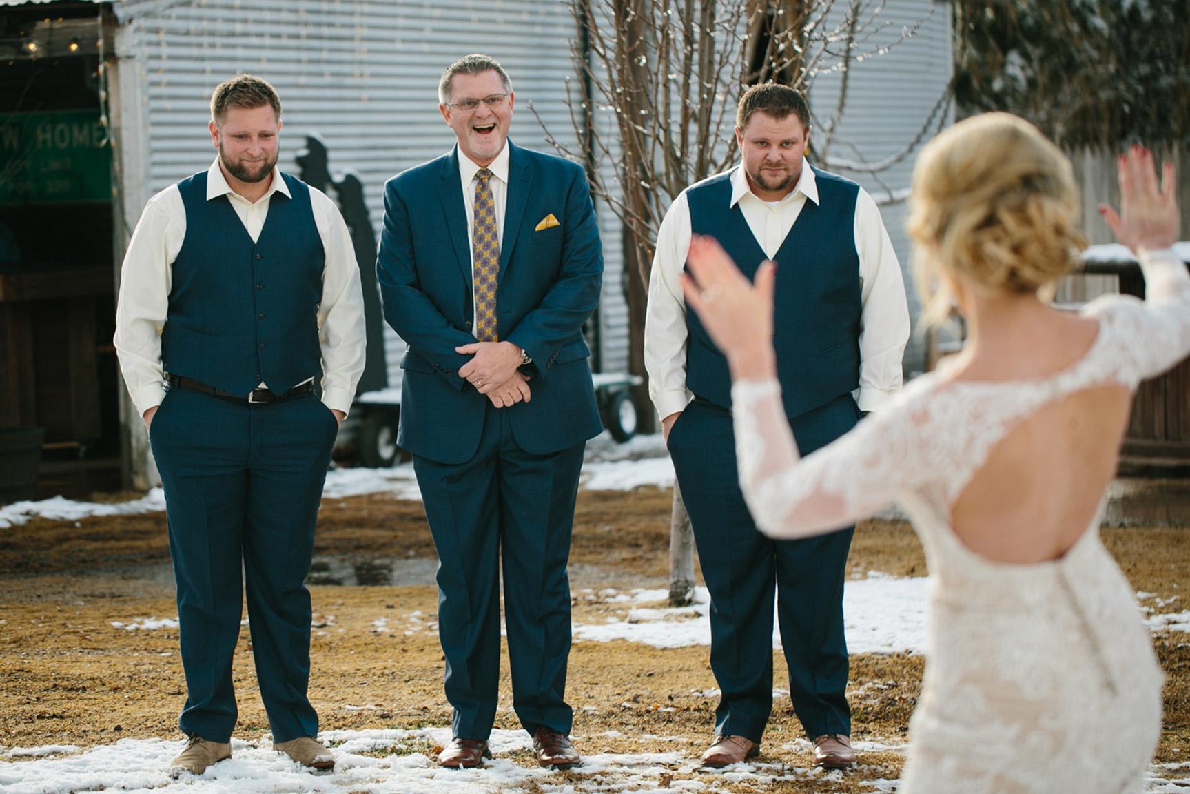 Cotton_Creek_Barn_Winter_Wedding_WeddingPhotographer033.jpg