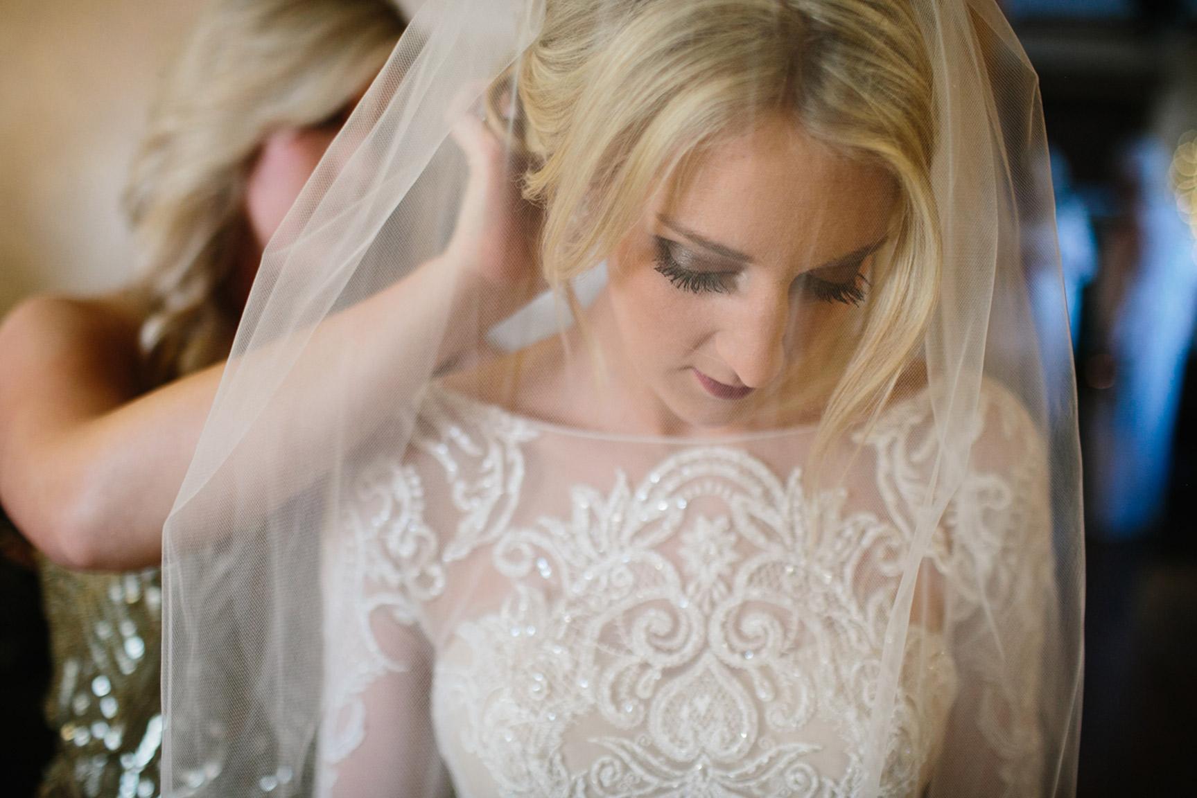 Cotton_Creek_Barn_Winter_Wedding_WeddingPhotographer039.jpg