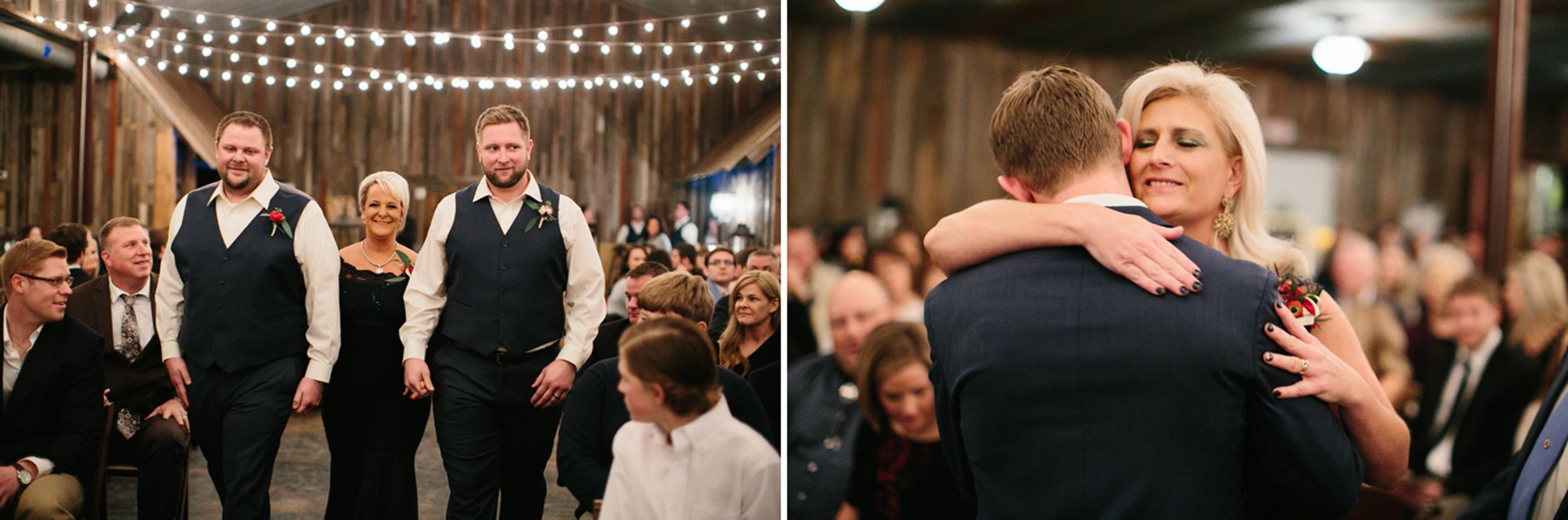 Cotton_Creek_Barn_Winter_Wedding_WeddingPhotographer042.jpg
