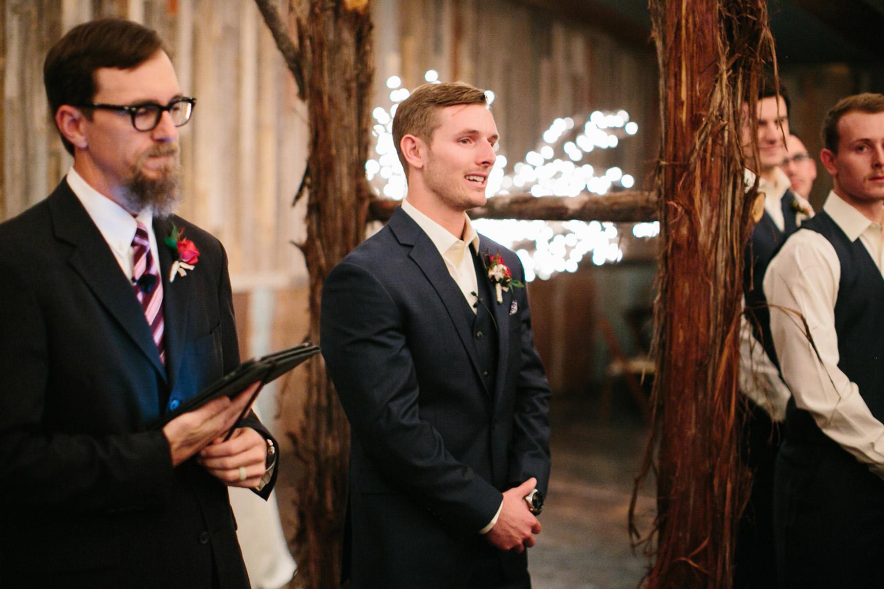 Cotton_Creek_Barn_Winter_Wedding_WeddingPhotographer045.jpg