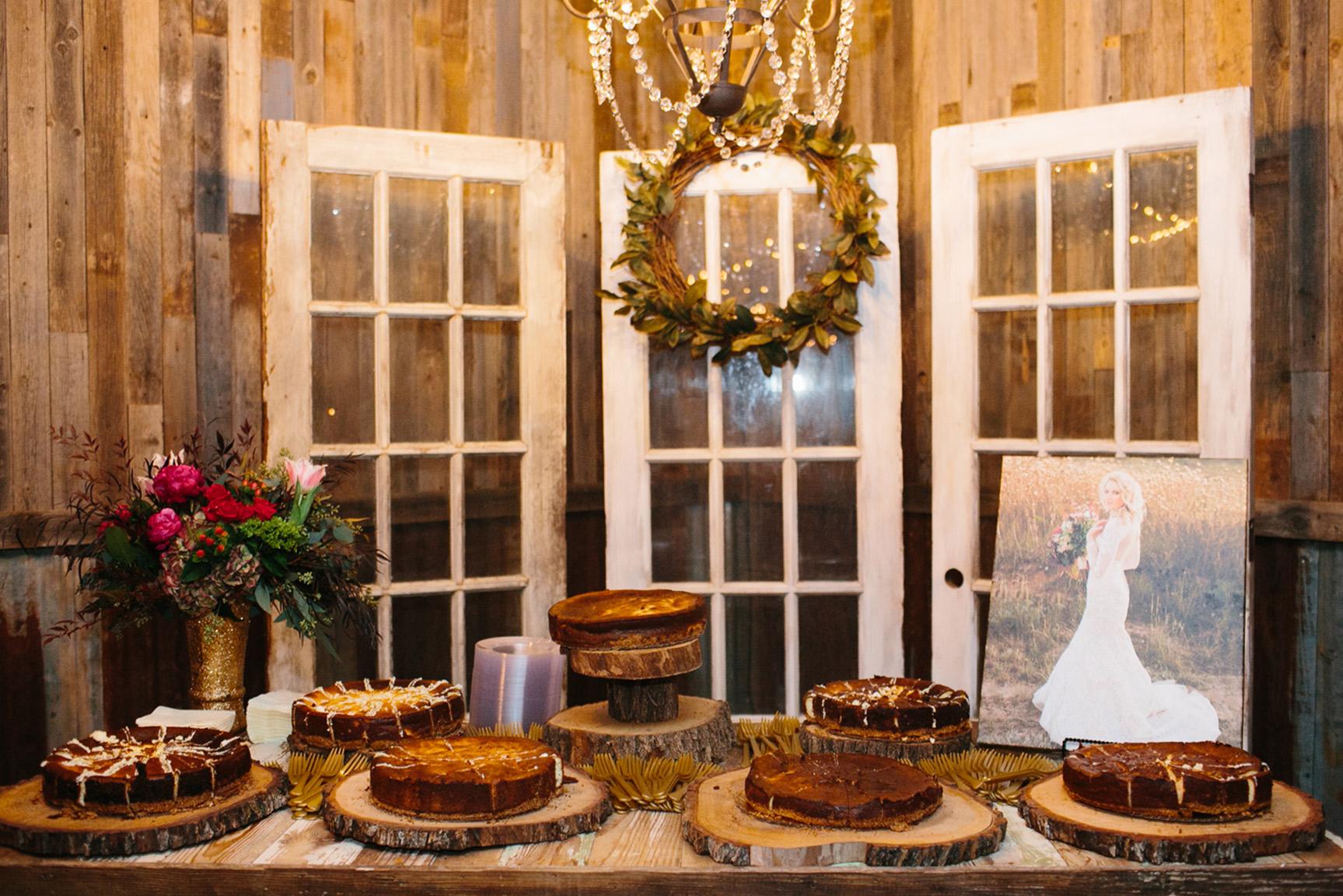 Cotton_Creek_Barn_Winter_Wedding_WeddingPhotographer053.jpg
