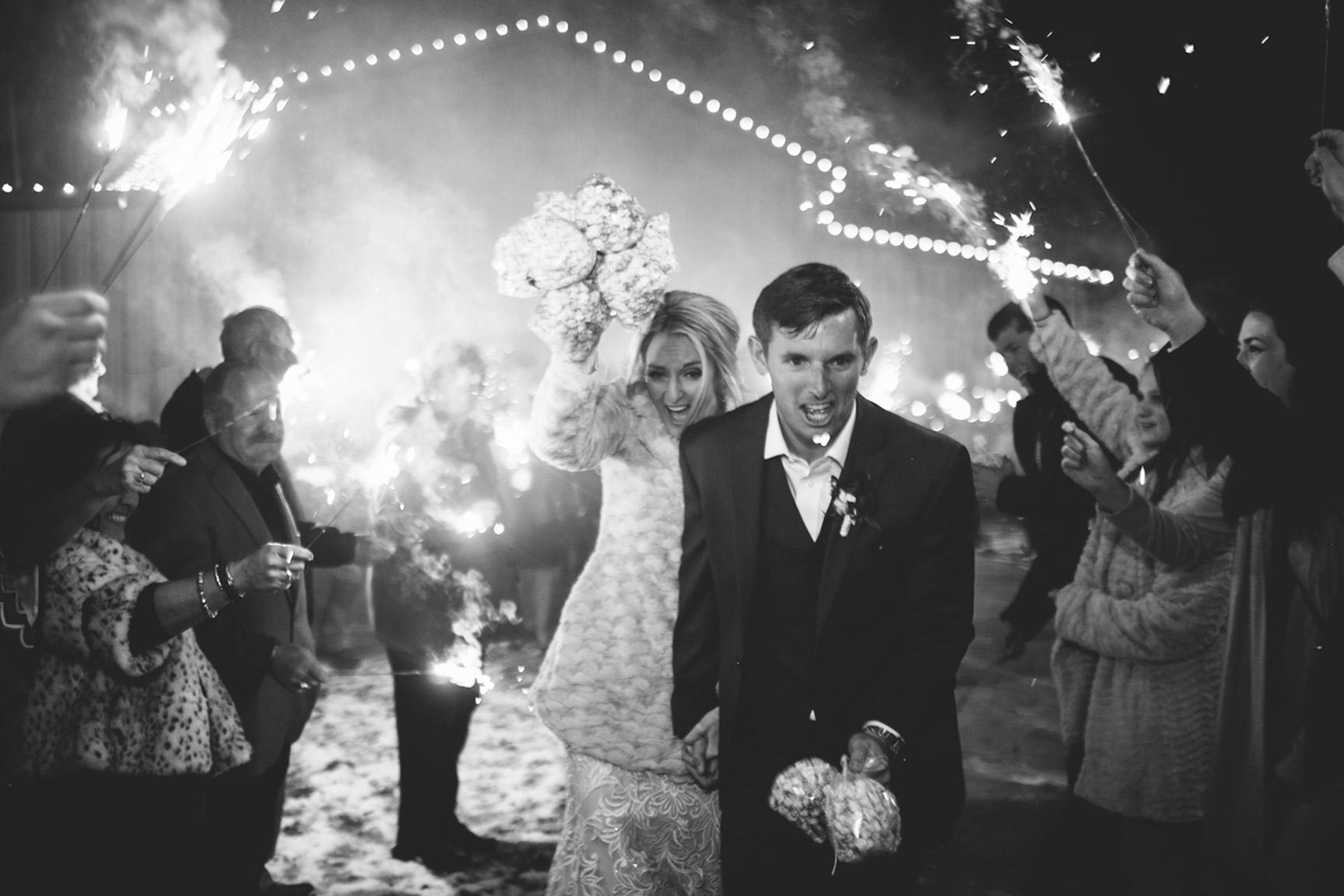 Cotton_Creek_Barn_Winter_Wedding_WeddingPhotographer063.jpg