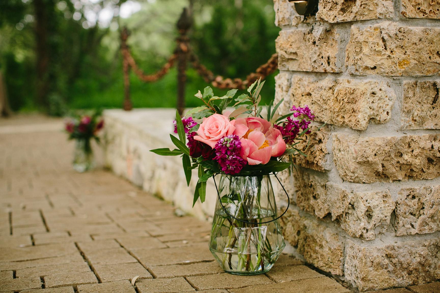Austin_WeddingPhotographerWARRWEDDING016.jpg