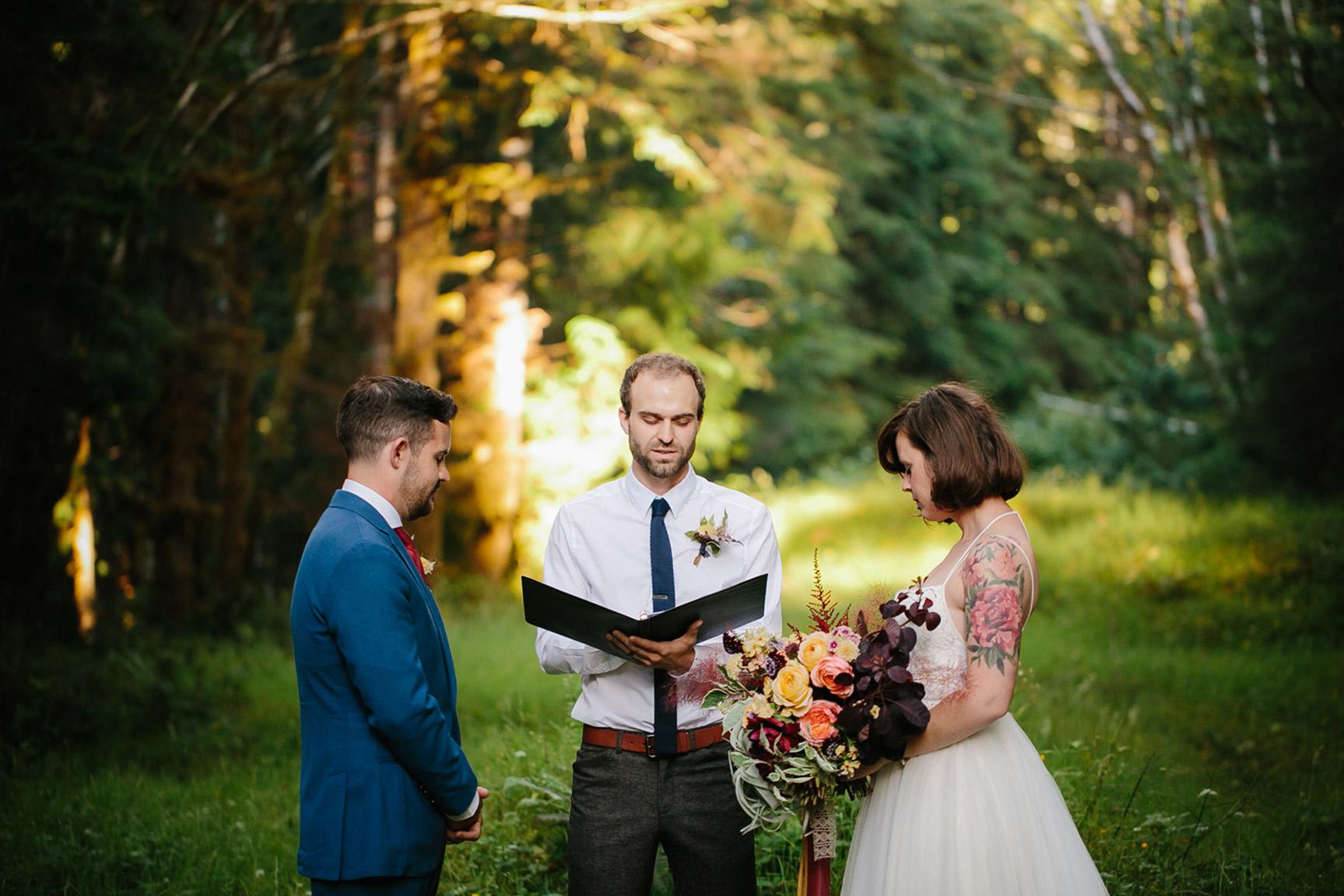 Washington_WeddingPhotographer_032.jpg
