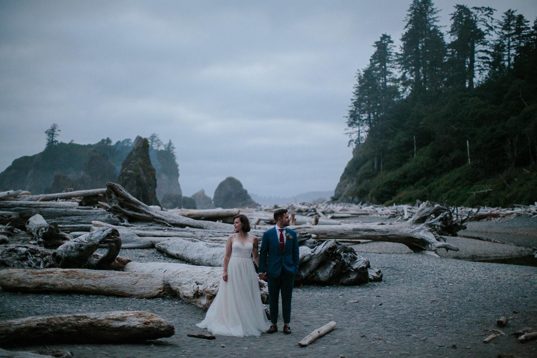 Washington_WeddingPhotographer_047.jpg