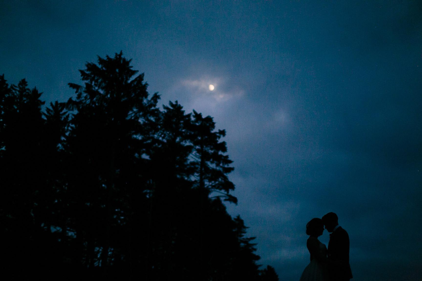 Washington_WeddingPhotographer_048.jpg