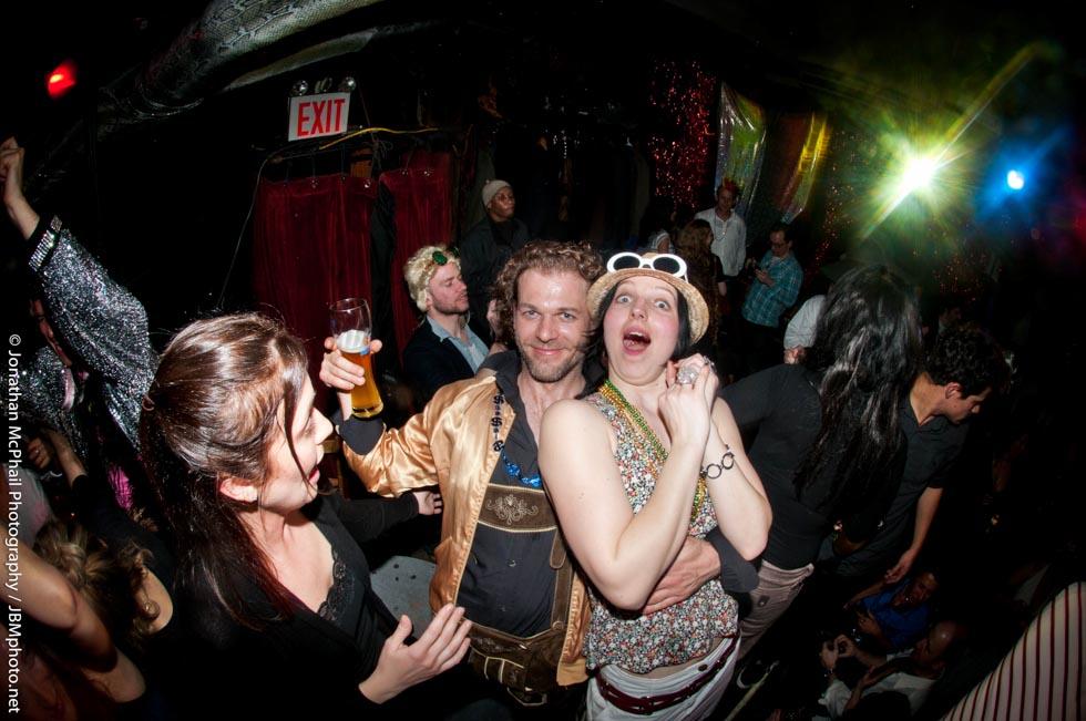zum-schneider-nyc-2011-karneval-schnammy-awards--60.jpg