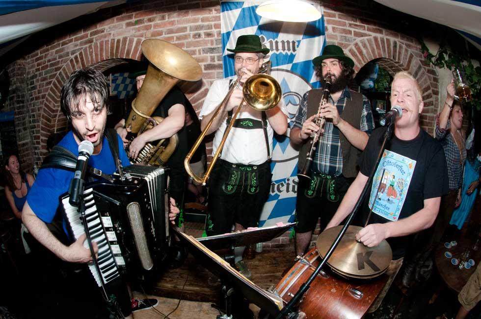zum-schneider-nyc-2011-oktoberfest-0980.jpg