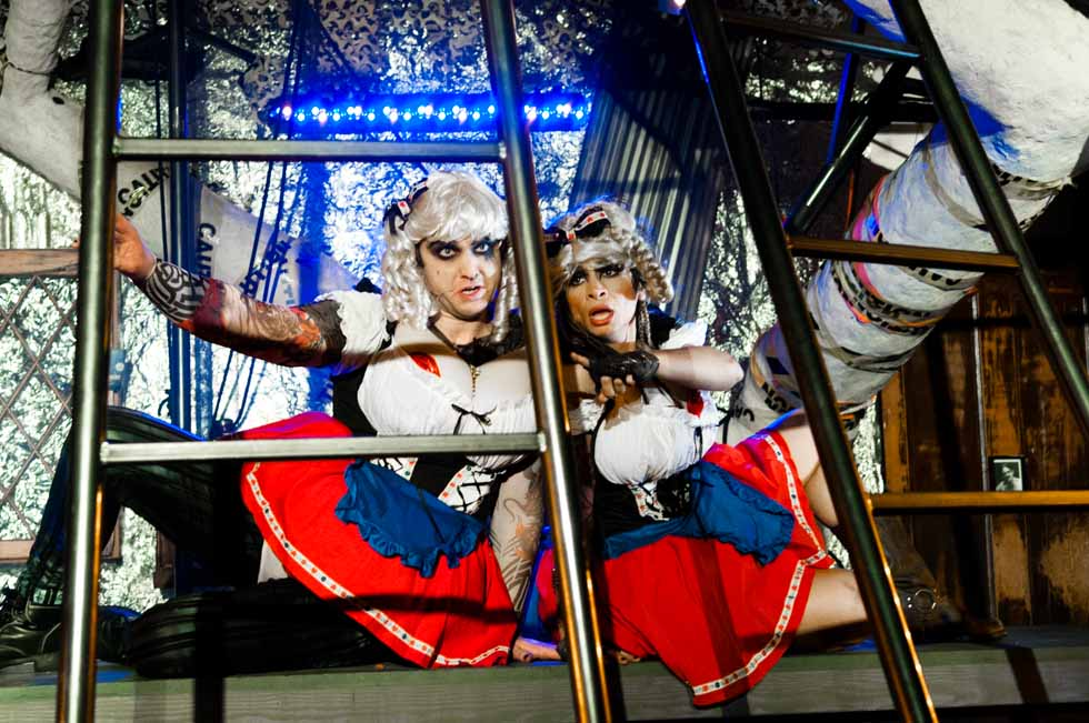 zum-schneider-nyc-2012-karneval-apocalyptika-3707.jpg