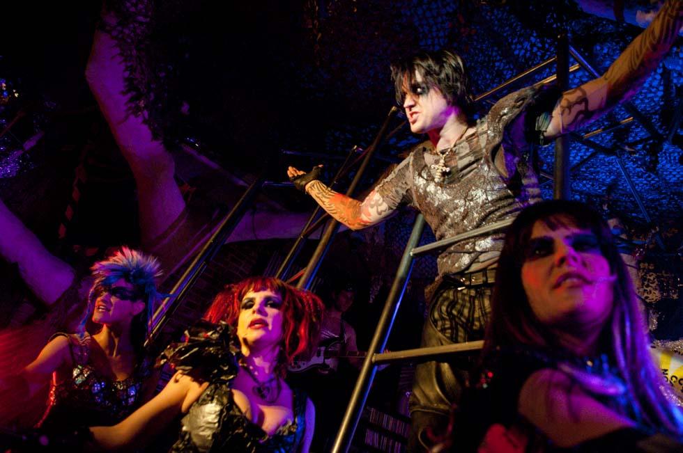 zum-schneider-nyc-2012-karneval-apocalyptika-4116.jpg