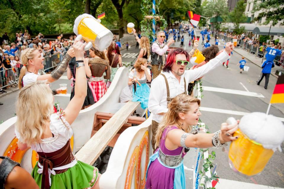 zum-schneider-nyc-2013-steuben-parade-02.jpg