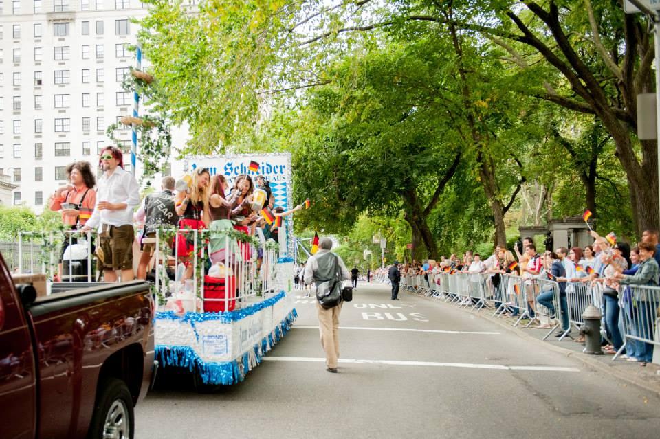 zum-schneider-nyc-2013-steuben-parade-16.jpg