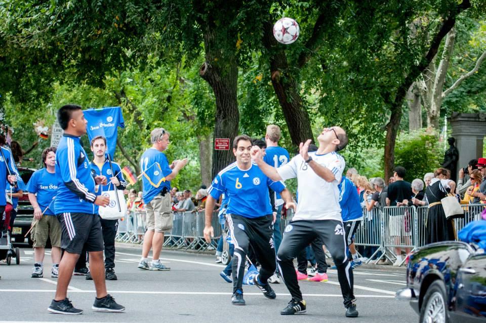 zum-schneider-nyc-2013-steuben-parade-23.jpg