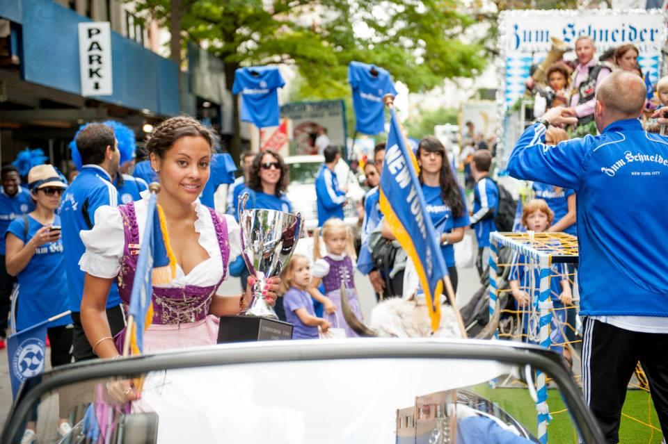 zum-schneider-nyc-2013-steuben-parade-33.jpg